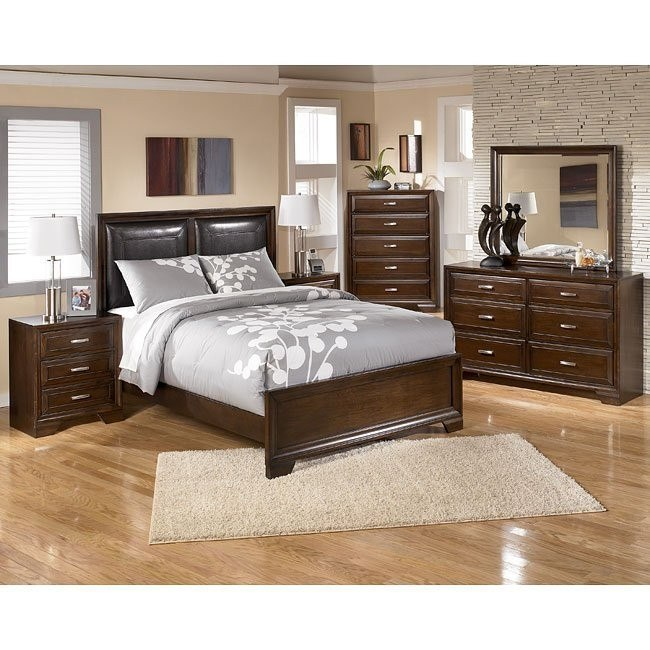 Villador Bedroom Set