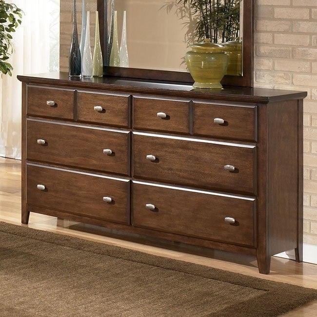 Freemont Dresser