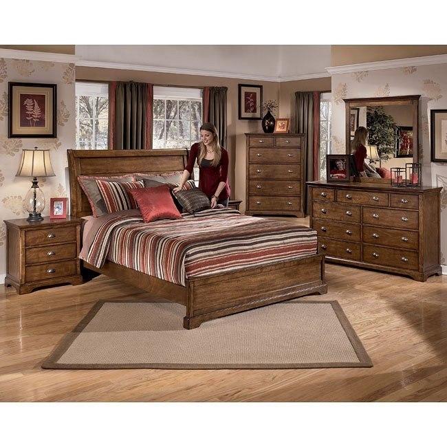Portwood Sleigh Bedroom Set