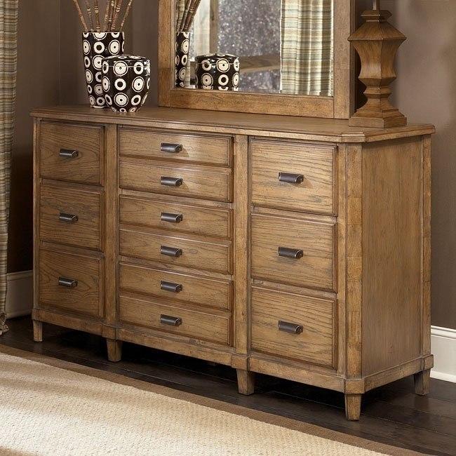 Danbury Heights Dresser