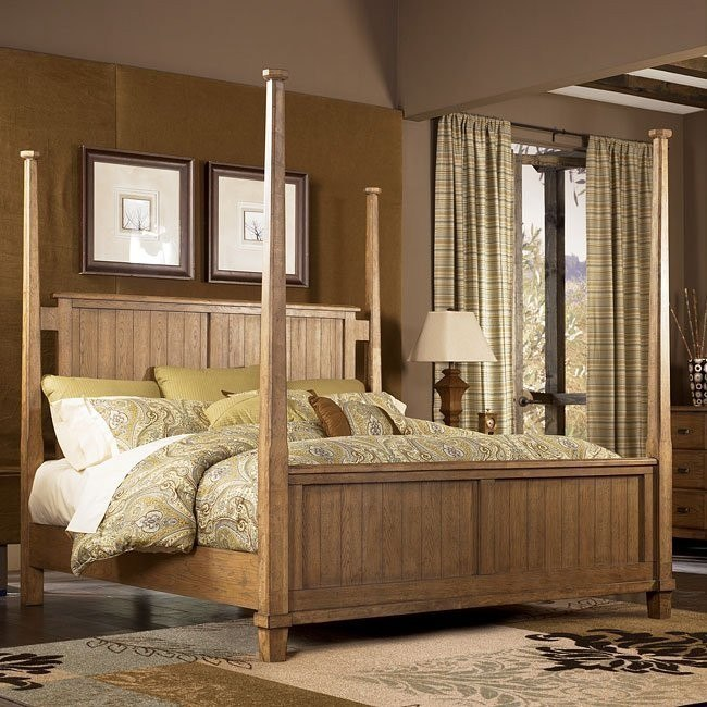 Danbury Heights Poster Bed