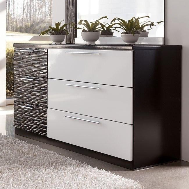 Piroska Dresser