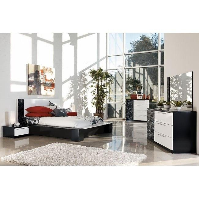 Piroska Platform Bedroom Set