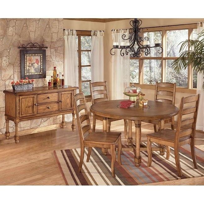 Holfield Round Dining Room Set
