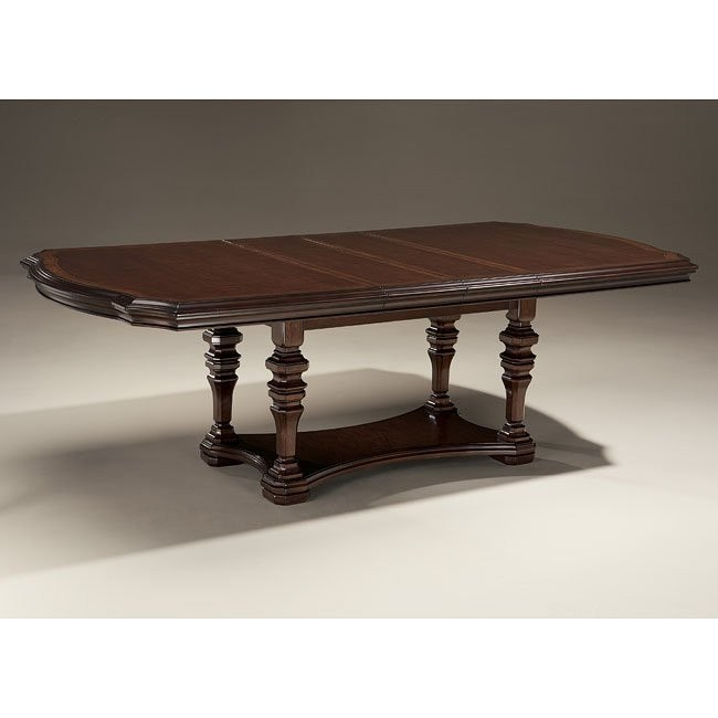 Flemingsburg Extendable Dining Table