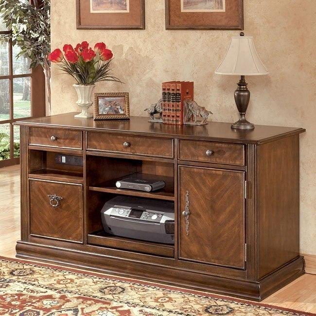 Hamlyn Credenza Signature Design By Ashley Furniture Furniturepick
