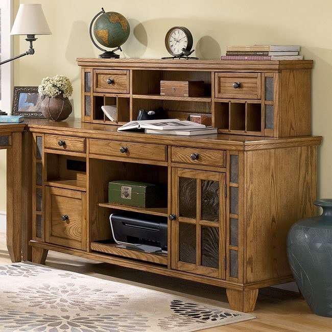 Kinley Credenza with Small Hutch
