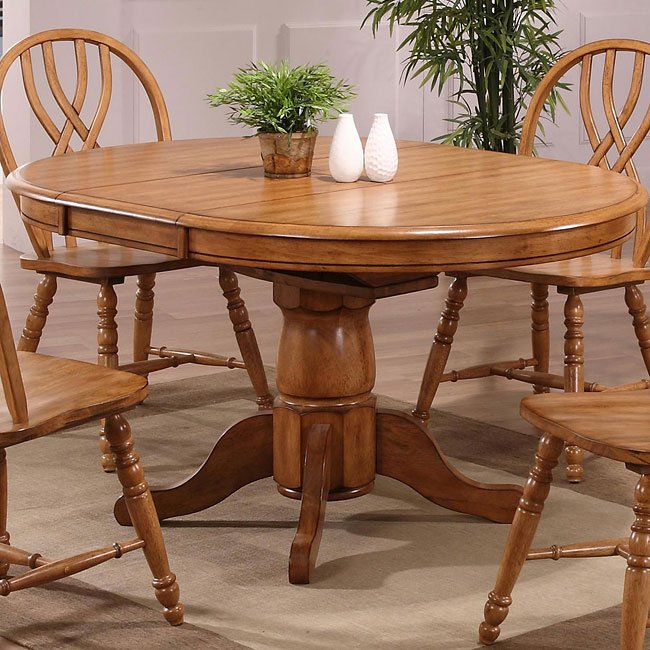 Missouri Round Dining Table (Rustic Oak)
