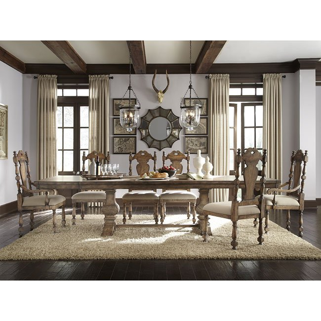 Desdemona Custom Dining Room Set By Pulaski Furniture, 1