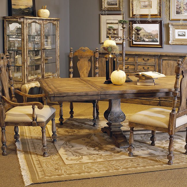pulaski furniture dining room set | Desdemona Dining Room Set w/ Kyra Chairs by Pulaski ...