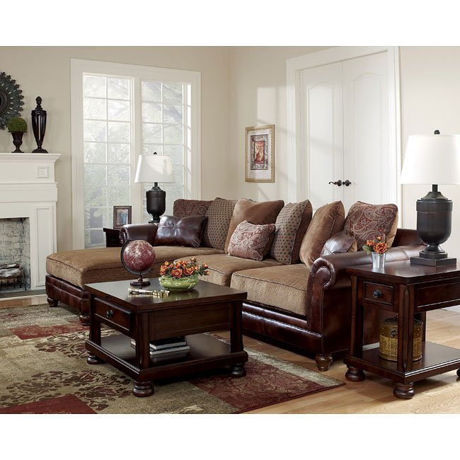 Hartwell - Canyon Sectional Living Room Set