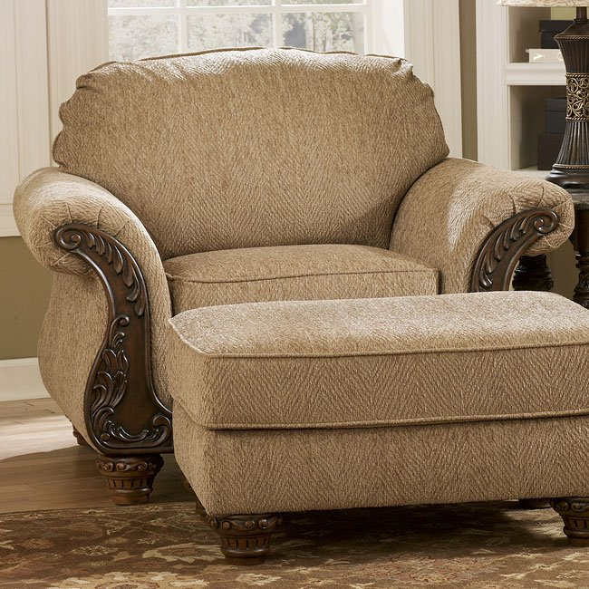 Cambridge Amber Living Room Set By Signature Design By