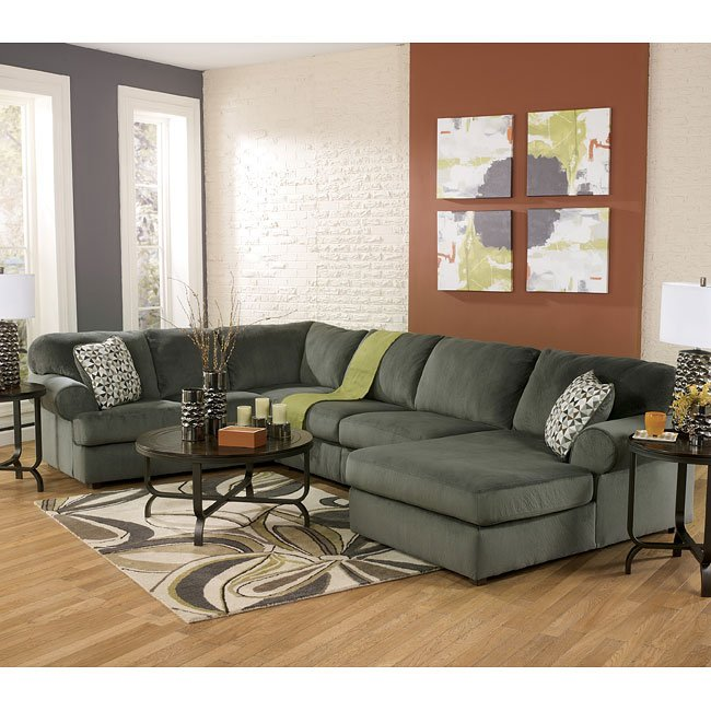 Jessa Place Pewter Sectional Living Room Set By Signature