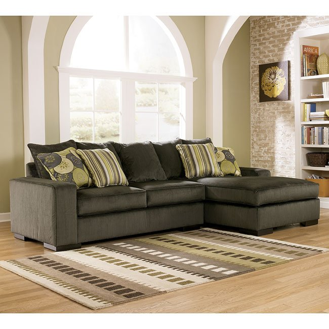 Freestyle Pewter Right Facing Chaise Sectional By Signature Design