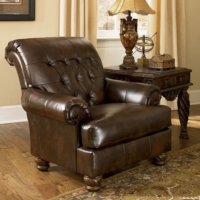 Fresco Durablend Antique Living Room Set By Signature