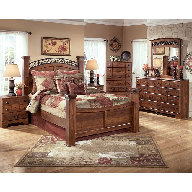 Timberline poster bedroom set by signature design by ashley 1 reviews furniturepick for Annifern poster bedroom collection