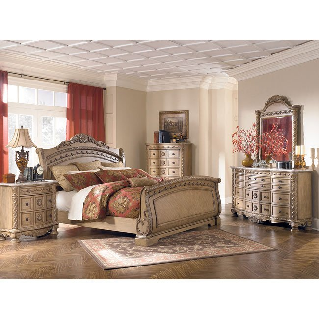 South Coast Sleigh Bedroom Set By Millennium