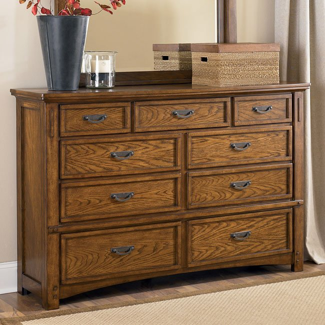 Best Kelvin For Living Room: Kelvin Hall Storage Bedroom Set By Signature Design By
