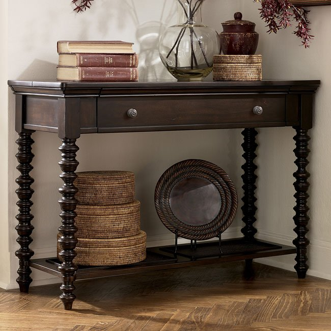 Key town sofa table by signature design by ashley furniturepick for Ashley furniture key town bedroom set