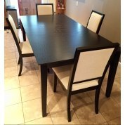 Lexton Dining Room Set